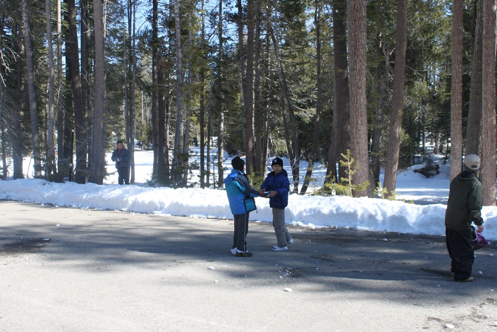 space/pictures/past_years/2012-0218-0219-SnowCamping-Spicer-SnoPark/IMG_6130.jpg -|- Last modified: 2012-02-19 14:55:00