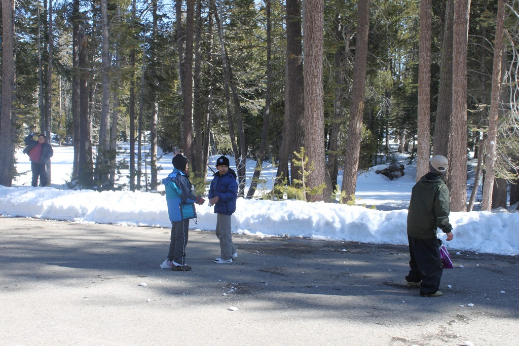 space/pictures/past_years/2012-0218-0219-SnowCamping-Spicer-SnoPark/IMG_6131.jpg -|- Last modified: 2012-02-19 14:55:02