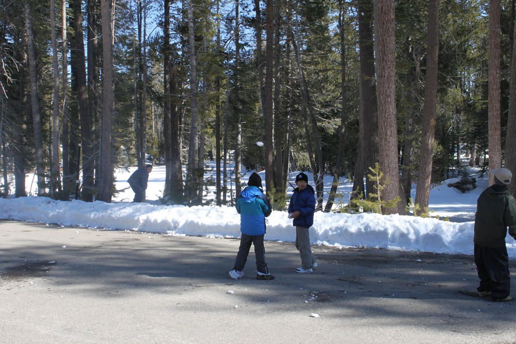 space/pictures/past_years/2012-0218-0219-SnowCamping-Spicer-SnoPark/IMG_6132.jpg -|- Last modified: 2012-02-19 14:55:02